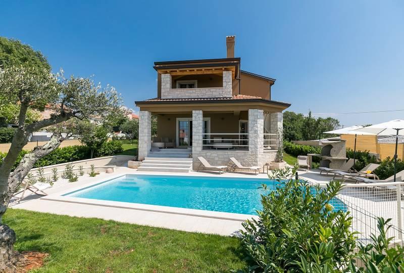 Villa Keli with Pool