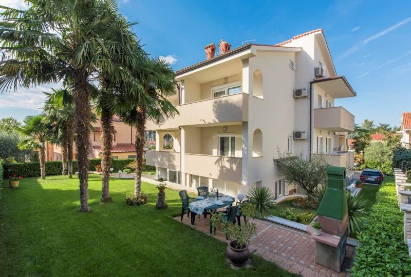 Petra Apartment V